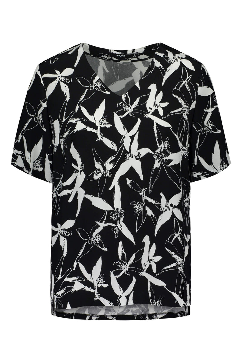 Voglia Finland printed Audrey loose blouse front