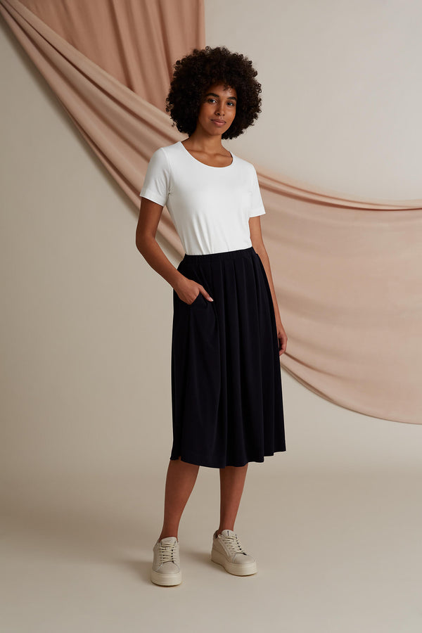 Voglia Poppy wide hem knit skirt dark blue