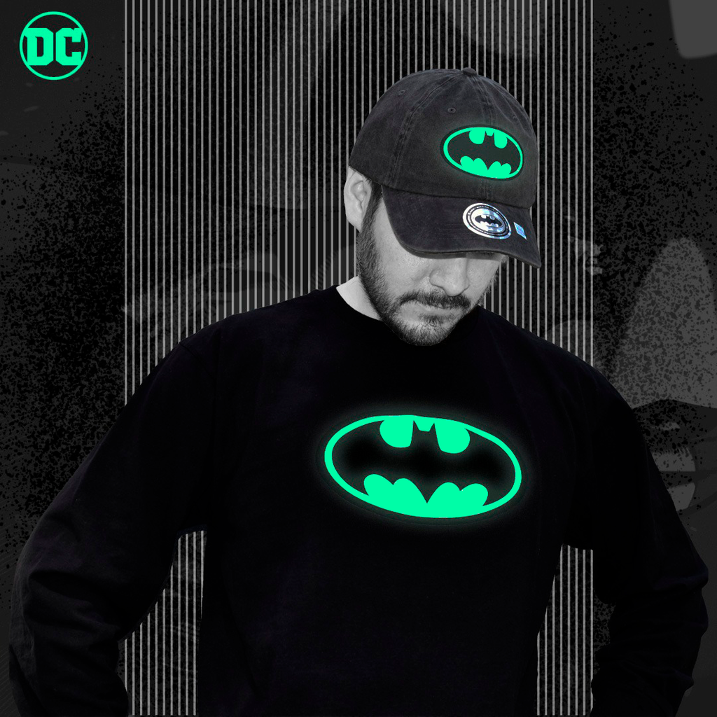 Playera Batman Glow in The Dark - El Guante de Guslutt
