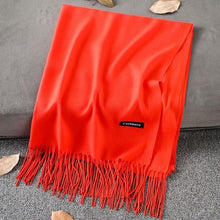 Load image into Gallery viewer, Cashmere Scarf with Tassles