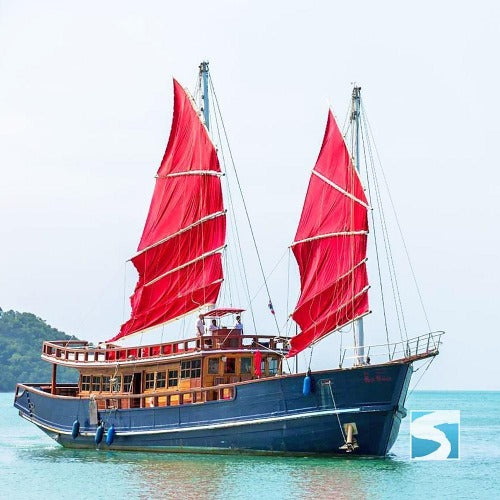 Relaxed boat trip around the island Koh Samui  - kohsamui.tours