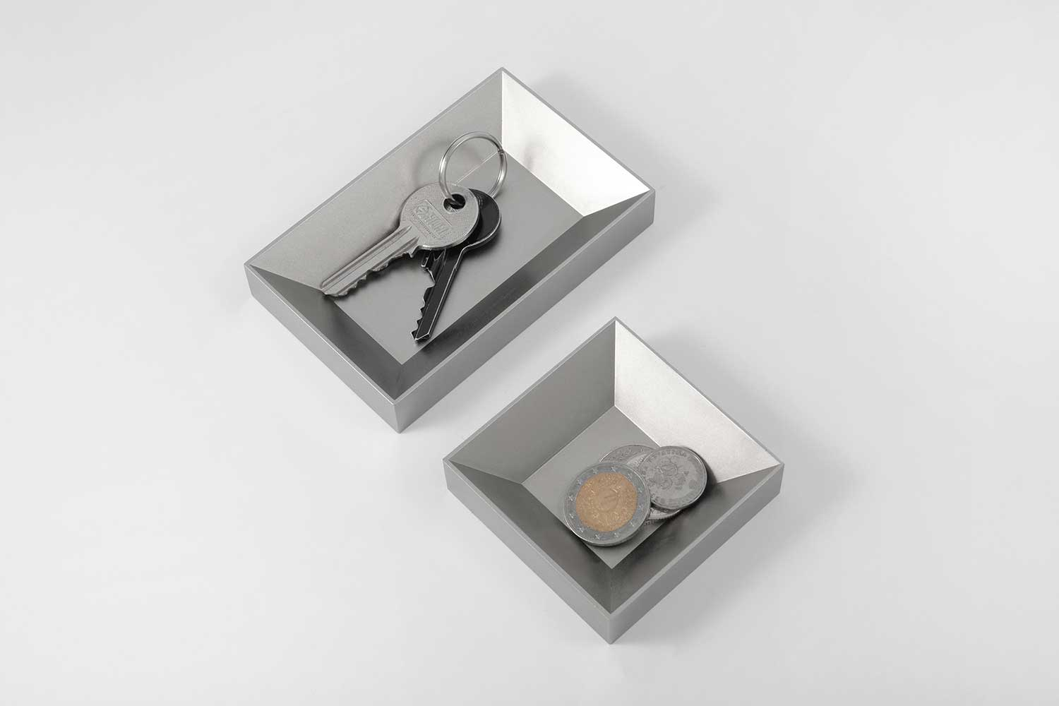 12 organiser <br> <i>satin silver finish</i>