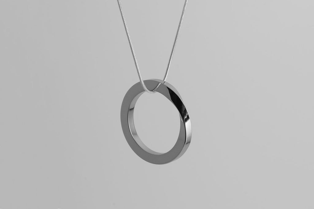 OROBORUS necklace <br> <i>shiny silver finish</i>