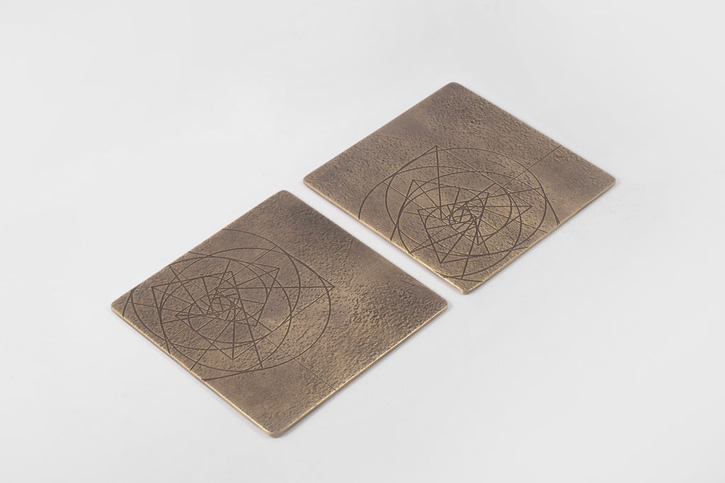 PHI coaster <br> <i> aged brass finish</i>