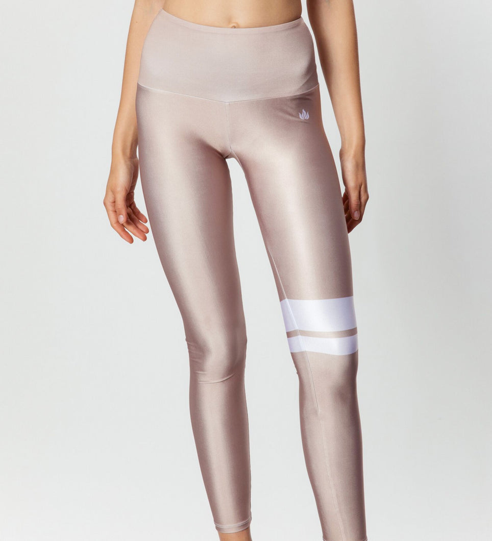ESSENTIAL TAN LEGGINGS