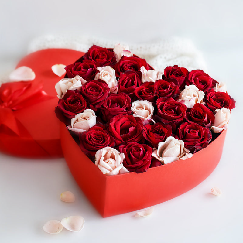Red Heart Box - A Rosy Kind of Love