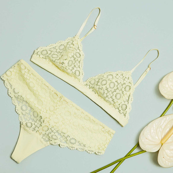 The Shangri-La Bra in Yellow Daisy Lace