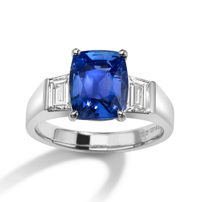 Natural Sapphire 3.11ct and Diamonds Ring