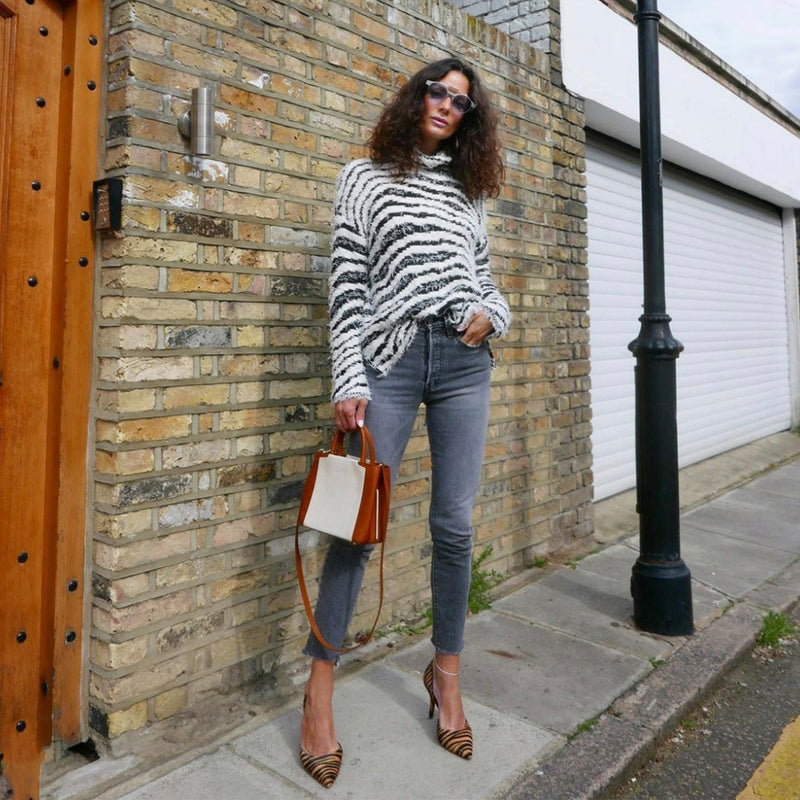 London second hand blogger Hedvig wearing Dionella black and white By Malene Birger jumper from Loop Generation