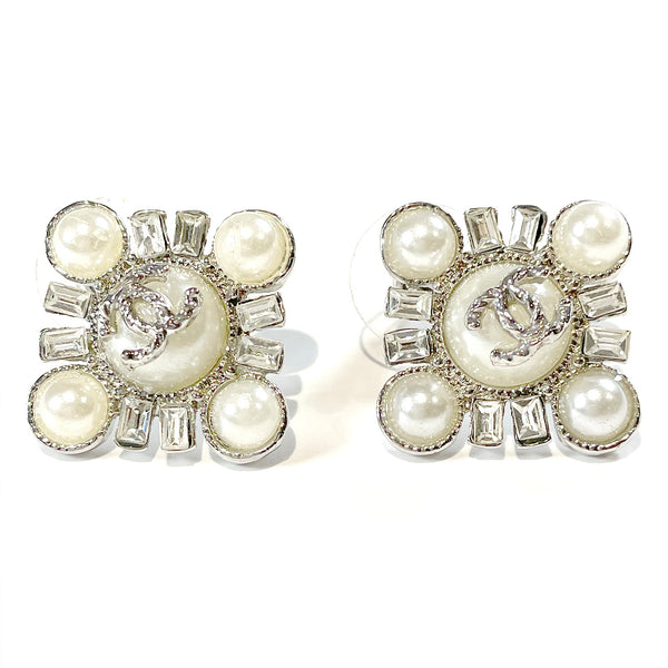 CHANEL square costume jewellery earrings