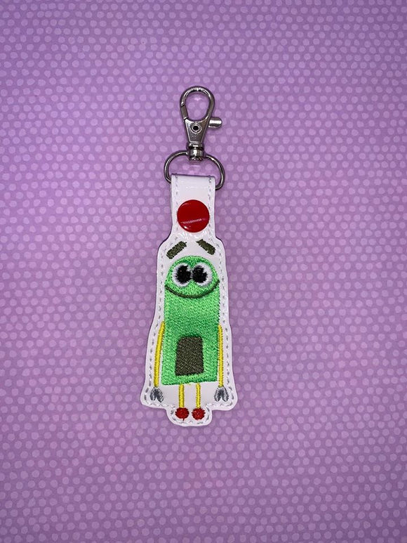 ITH Digital Embroidery Pattern for SB Green Beep Snap Tab / Key Chain, 4X4 Hoop