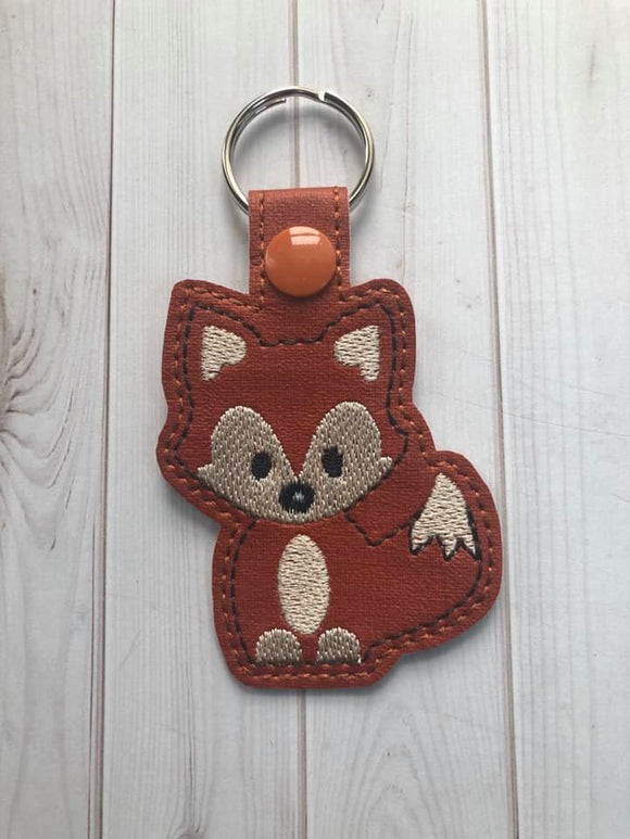 ITH DIgital Embroidery Pattern for Lil Boy Fox Snap Tab / Key Chain, 4X4 Hoop