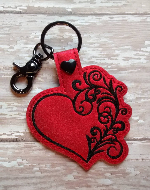 ITH Digital Embroidery Pattern for Side Swirl Heart Snap Tab / Keychain, 4X4 Hoop