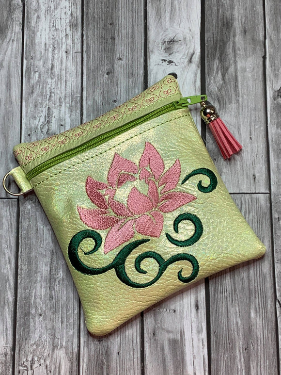 ITH Digital Embroidery Pattern for Water Lily Swirl Cash Card Tall 4.5 X 5 Zipper Pouch, 5X7 Hoop