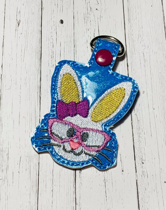 ITH Digital Embroidery Pattern for She Bunny Head Snap Tab / Keychain, 4X4 Hoop