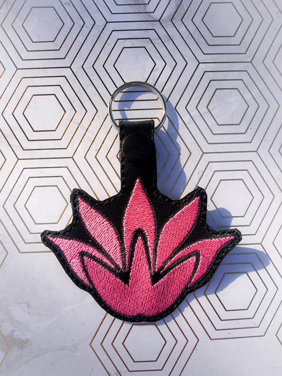 ITH Digital Embroidery Pattern For RWBT JNPR Ren Lotus Snap Tag / Key Chain, 4X4 Hoop