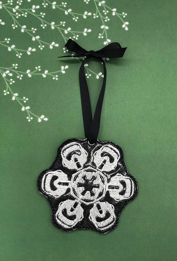 ITH DIgital Embroidery Pattern For Storm T Snowflake Ornament, 4X4 Hoop