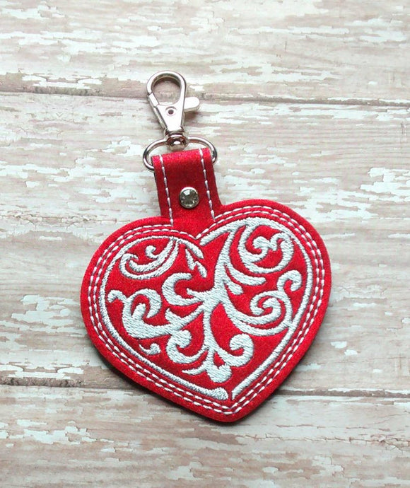 ITh Digital Embroidery Pattern for Filigree Heart Snap Tab / Key Chain, 4X4 Hoop