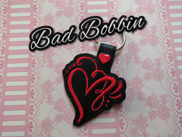 ITH Digital Embroidery Pattern For Script Heart Snap Tab / Key Chain, 4X4 Hoop