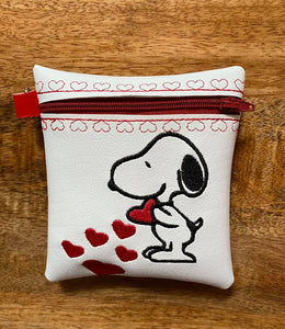 "ITH Digital Embroidery Pattern For Snoop Love Cash/Card Tall Zip Pouch 4.5""X5"", 5X7 Hoop"