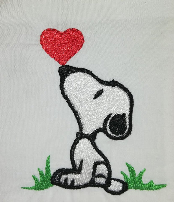 ITH Digital Embroidery Pattern for Snoop Heart Kiss Design, 4X4 Hoop