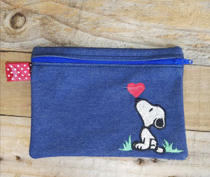 ITH DIgital embroidery Pattern for SNoop Heart Kiss Unlined Zipper Pouch, 5X7 Hoop