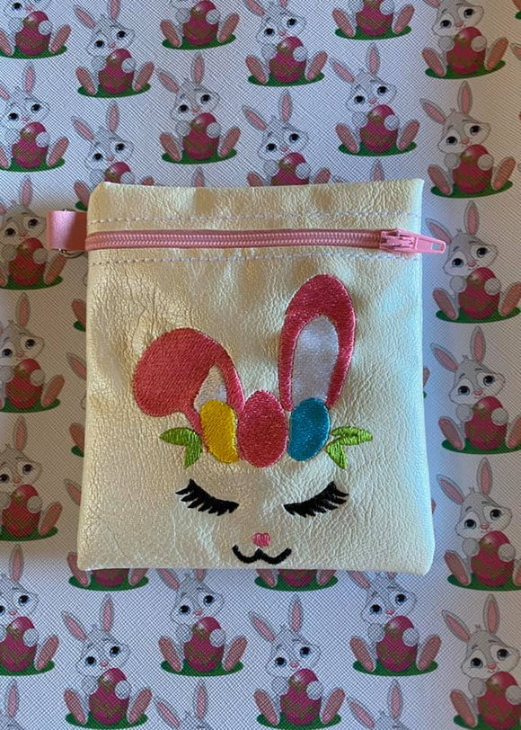 ITH Digital Embroidery Pattern for Bunny Face Cash Card Tall Zip pouch 4.8 X 3.9, 5X7 Hoop