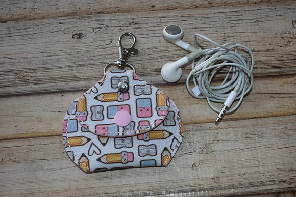 ITH Digital Embroidery Pattern For Head Phone Keeper Pouch Key Chain, 5X7 Hoop