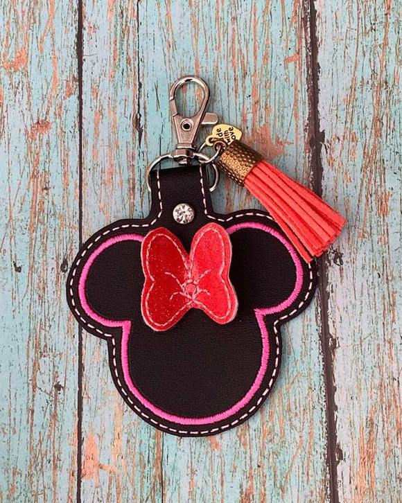ITH Digital Embroidery Pattern for 3D Ms Mouse Bow Snap Tab / Key Chain, 4x4 hoop