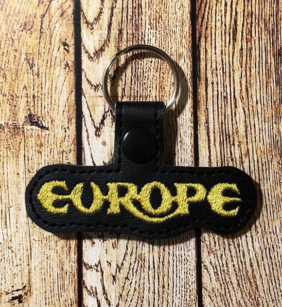 ITH Digital Embroidery Pattern for Europe Band Snap Tab / Key Chain, 4x4 hoop