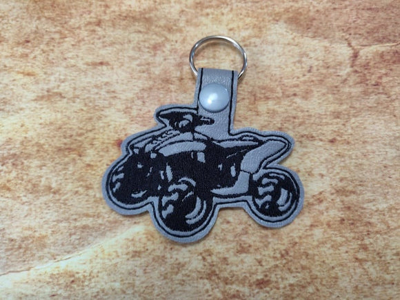 ITH Digital Embroidery Pattern for ATV Quad Snap Tab / Key Chain, 4x4 hoop