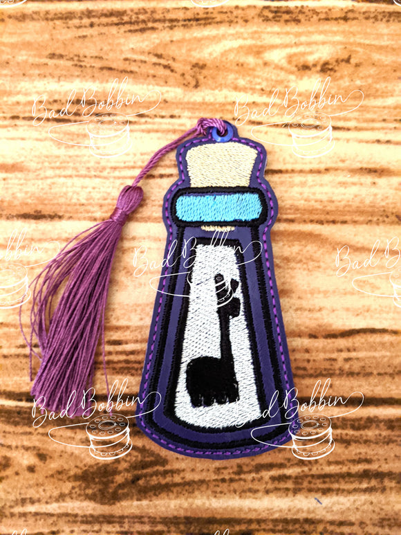 ITH Digital Embroidery Pattern for Extract Of Llama Bookmark, 4X4 Hoop