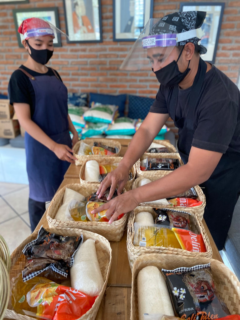 Packing food donations