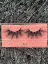 Load image into Gallery viewer, DIOR LASHES