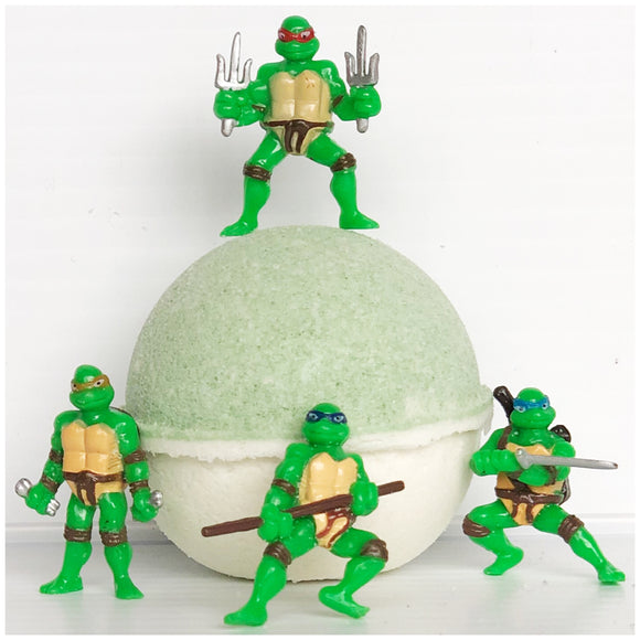 Pear Natural Bath Bomb (with Ninja Turtles™ inside)