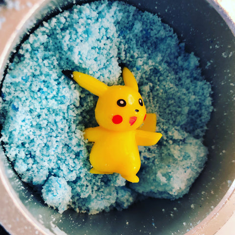 Blueberry Natural Bath Bomb (with Pokemon™ inside)