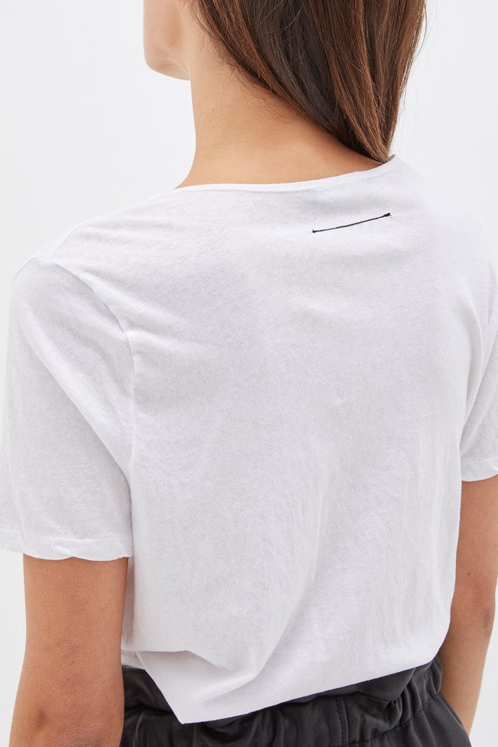 Minimal V Neck T Shirt White