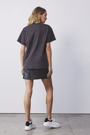 Python Bloom Tee Washed Black