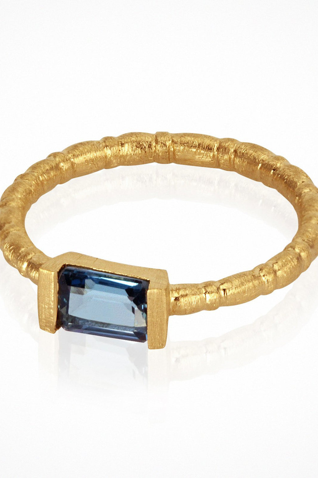 Pia Ring Gold