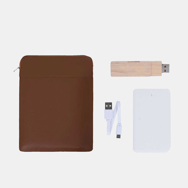 Custom Leather Laptop Case + Powerbank + Bamboo Flashdrive
