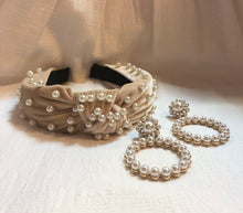 Load image into Gallery viewer, Headband in Cream Pearl