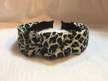 Load image into Gallery viewer, Headband in Green Leopard