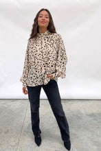 Load image into Gallery viewer, Ambre Blouse in Leopard Print Cream