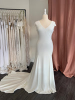 Daria by Theia Couture - Size 18
