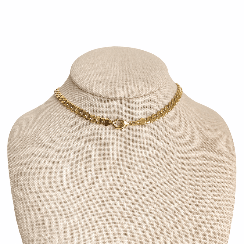 lobster clasp on gold curb chain necklace