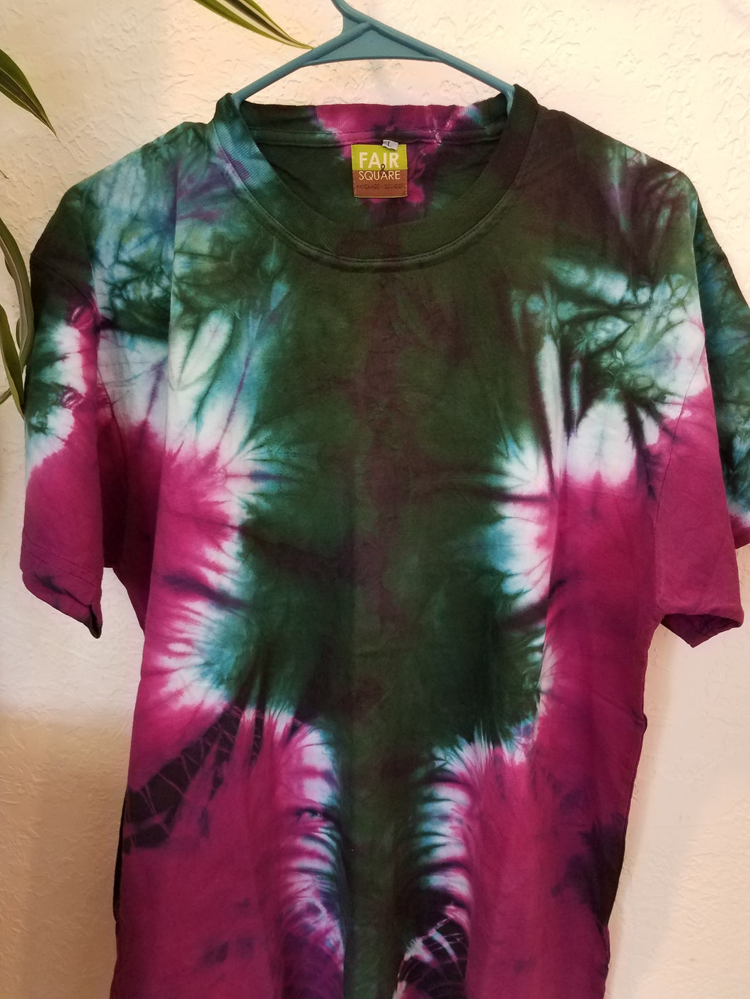 Tie Dyed Shirt Large Pink And Green