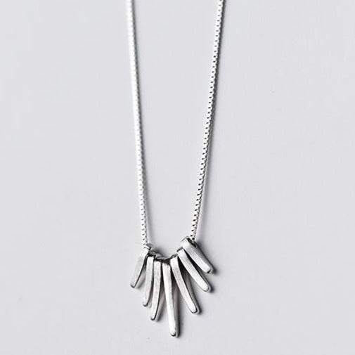 Hanging Rods Necklace -Make the difference with Galatea Effect accesories