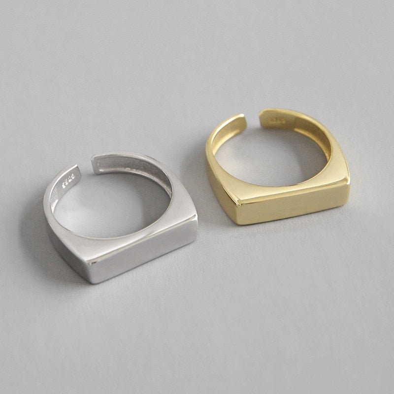 Rectangle glossy ring -Make the difference with Galatea Effect accesories