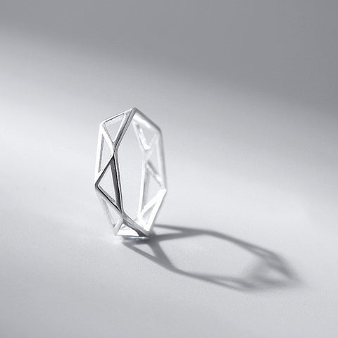 Hexagon Ring -Make the difference with Galatea Effect accesories
