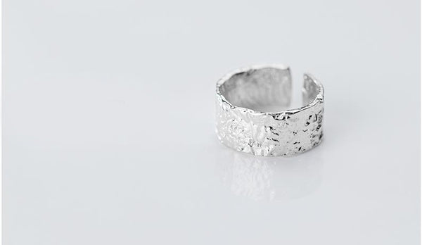 Wrinkled Ring -Make the difference with Galatea Effect accesories